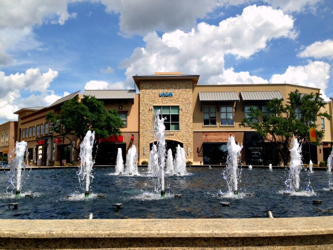 Shops at Legacy Dancing Fountains