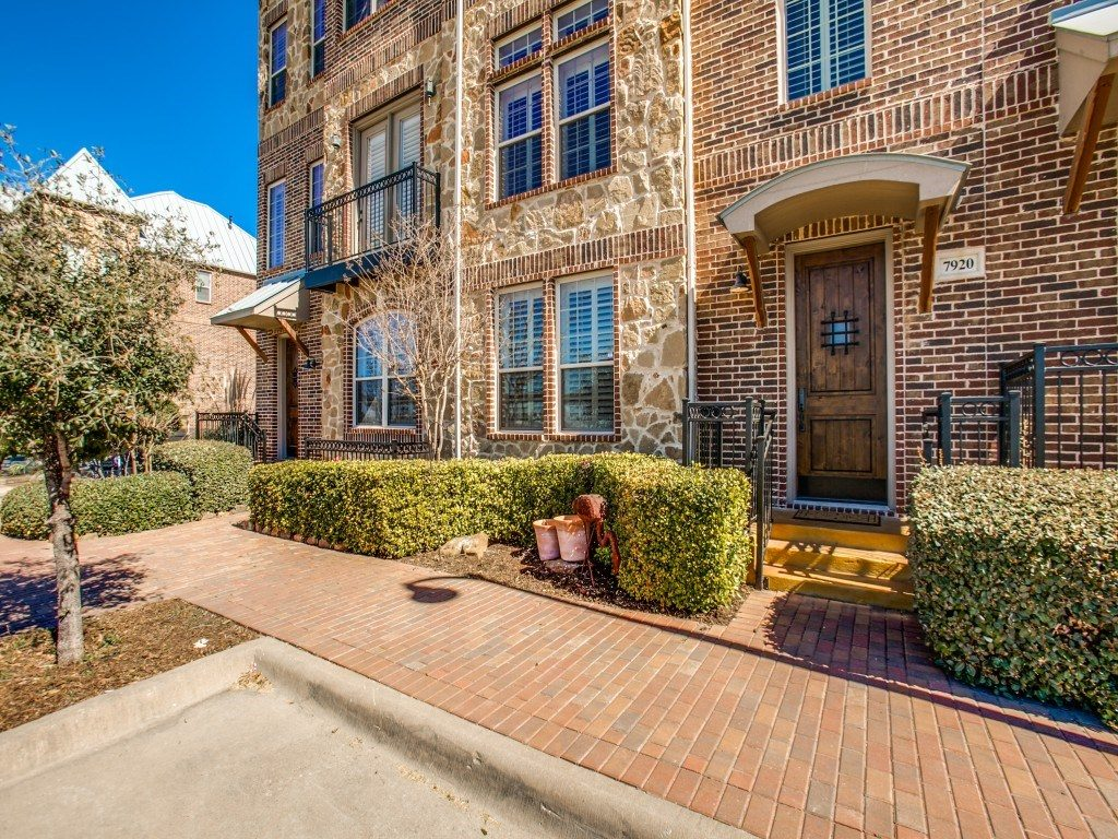7920 Bishop Plano TX - For Lease